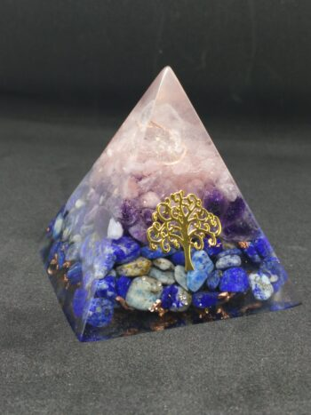 "Orgonite pyramide ""protection"""