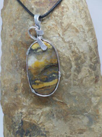 """pendentif """"pierre d'ailleurs"""" agate plume"""